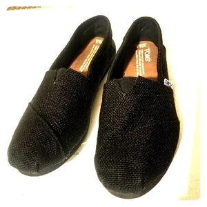 TOMS black slip on flats